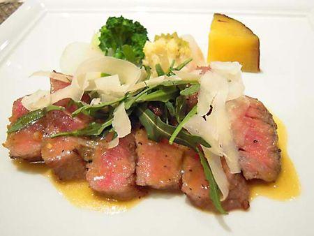 山形牛サーロインステーキ 季節野菜を添えて