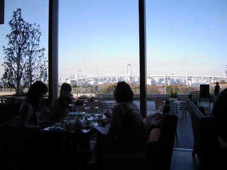 ラウンジ&シャンパンバー ベランダからの眺望